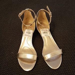 Gold bridesmaid/holiday wedges
